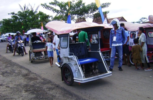 becak motor, transportasi umum khas Tobelo